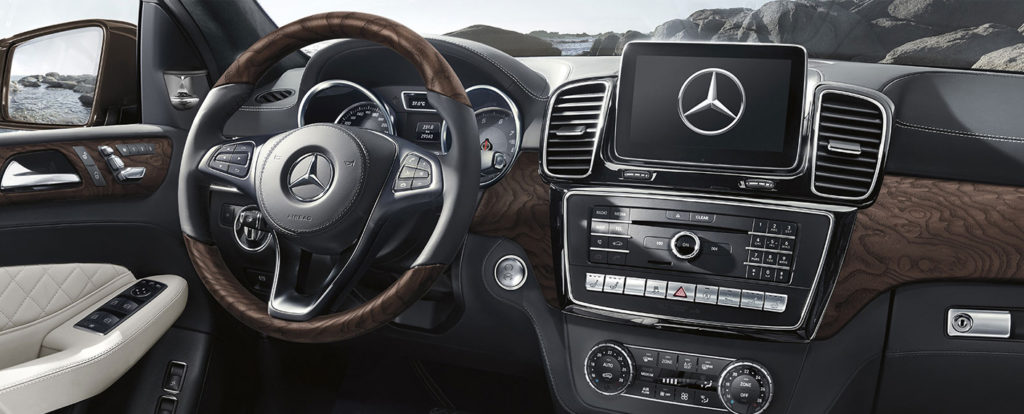 GLS SUV Dashboard with Technology