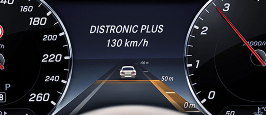 Innovation HUD on Mercedes-Benz S-Class
