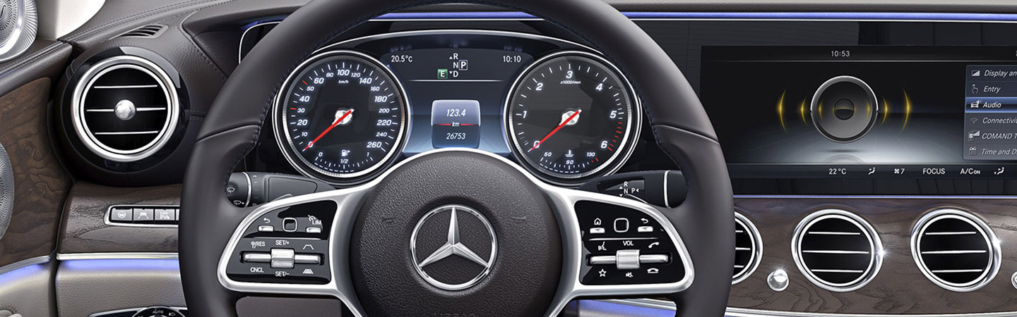 Steering wheel with pad controls